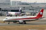 demodori6さんが、関西国際空港で撮影した四川航空 A320-214の航空フォト(飛行機 写真・画像)