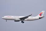 mojioさんが、成田国際空港で撮影した中国東方航空 A330-243の航空フォト(写真)