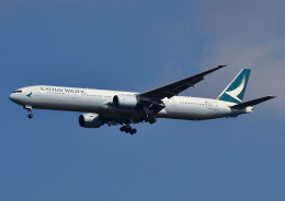 じーく。さんが、成田国際空港で撮影したキャセイパシフィック航空 777-367の航空フォト(写真)