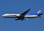 じーく。さんが、成田国際空港で撮影した全日空 767-381/ERの航空フォト(飛行機 写真・画像)