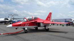 westtowerさんが、シンガポール・チャンギ国際空港で撮影したYakovlev Yak-130の航空フォト(飛行機 写真・画像)