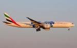 hs-tgjさんが、スワンナプーム国際空港で撮影したエミレーツ航空 777-31H/ERの航空フォト(写真)