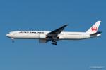 みなかもさんが、羽田空港で撮影した日本航空 777-346の航空フォト(写真)