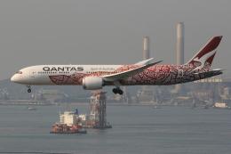 ぽんさんが、香港国際空港で撮影したカンタス航空 787-9の航空フォト(飛行機 写真・画像)