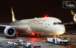 dave_0402さんが、アブダビ国際空港で撮影したエティハド航空 787-9の航空フォト(飛行機 写真・画像)