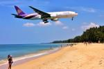 Hiro Satoさんが、プーケット国際空港で撮影したタイ国際航空 777-2D7/ERの航空フォト(写真)