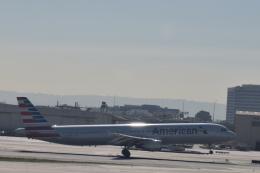 nontan8さんが、ロサンゼルス国際空港で撮影したアメリカン航空 A321-211の航空フォト(飛行機 写真・画像)