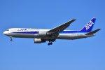 islandsさんが、成田国際空港で撮影した全日空 767-381/ERの航空フォト(写真)