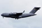 Flankerさんが、嘉手納飛行場で撮影したアメリカ空軍 C-17A Globemaster IIIの航空フォト(写真)