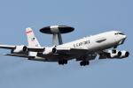 Flankerさんが、嘉手納飛行場で撮影したアメリカ空軍 E-3B Sentry (707-300)の航空フォト(写真)