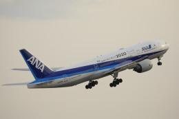 ピーチさんが、岡山空港で撮影した全日空 777-281/ERの航空フォト(飛行機 写真・画像)