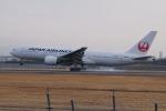 HEATHROWさんが、伊丹空港で撮影した日本航空 777-289の航空フォト(写真)
