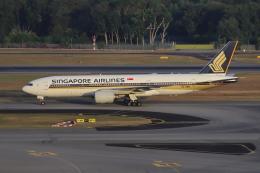 sumihan_2010さんが、シンガポール・チャンギ国際空港で撮影したシンガポール航空 777-212/ERの航空フォト(飛行機 写真・画像)