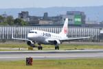kuro2059さんが、伊丹空港で撮影したジェイ・エア ERJ-170-100 (ERJ-170STD)の航空フォト(写真)