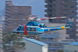 スカルショットさんが、名古屋飛行場で撮影した福岡県警察 412EPの航空フォト(写真)