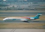 プルシアンブルーさんが、羽田空港で撮影した日本エアシステム MD-90-30の航空フォト(写真)
