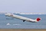 starlightさんが、羽田空港で撮影した日本航空 MD-81 (DC-9-81)の航空フォト(写真)