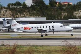zettaishinさんが、プリンセス・ジュリアナ国際空港で撮影したSky High Aviation Services 1900Dの航空フォト(飛行機 写真・画像)