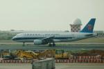 pringlesさんが、台湾桃園国際空港で撮影した中国南方航空 A320-214の航空フォト(写真)