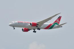 ポン太さんが、スワンナプーム国際空港で撮影したケニア航空 787-8 Dreamlinerの航空フォト(飛行機 写真・画像)