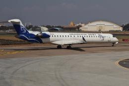 jjieさんが、プノンペン国際空港で撮影した華夏航空 CL-600-2D24 Regional Jet CRJ-900LRの航空フォト(飛行機 写真・画像)