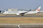 Sou Mitaniさんが、伊丹空港で撮影した日本航空 777-346の航空フォト(写真)