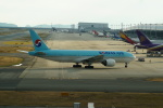 FRTさんが、関西国際空港で撮影した大韓航空 777-2B5/ERの航空フォト(飛行機 写真・画像)