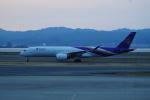 FRTさんが、関西国際空港で撮影したタイ国際航空 A350-941XWBの航空フォト(飛行機 写真・画像)