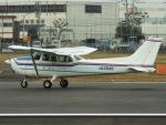 otromarkさんが、八尾空港で撮影した第一航空 172P Skyhawkの航空フォト(写真)
