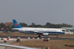 jjieさんが、プノンペン国際空港で撮影した中国南方航空 A320-214の航空フォト(飛行機 写真・画像)