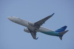 神宮寺ももさんが、香港国際空港で撮影したガルーダ・インドネシア航空 737-8U3の航空フォト(写真)