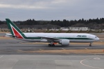 rjジジィさんが、成田国際空港で撮影したアリタリア航空 777-243/ERの航空フォト(写真)