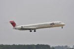 kumagorouさんが、仙台空港で撮影した日本航空 MD-90-30の航空フォト(写真)