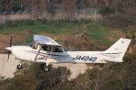korosukeさんが、南紀白浜空港で撮影した大阪航空 172R Skyhawkの航空フォト(写真)