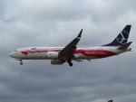 た~きゅんさんが、ロンドン・ヒースロー空港で撮影したLOTポーランド航空 737-8-MAXの航空フォト(写真)