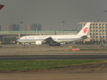keitsamさんが、上海虹橋国際空港で撮影した中国国際航空 777-2J6の航空フォト(写真)