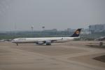 keitsamさんが、上海浦東国際空港で撮影したルフトハンザドイツ航空 A340-642Xの航空フォト(飛行機 写真・画像)