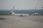 keitsamさんが、上海浦東国際空港で撮影した中国東方航空 A320-214の航空フォト(飛行機 写真・画像)
