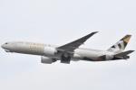 木のピー乃木坂46&DAPUMP好きさんが、関西国際空港で撮影したエティハド航空 777-FFXの航空フォト(写真)