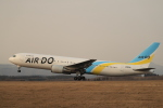 Tomochanさんが、函館空港で撮影したAIR DO 767-381/ERの航空フォト(写真)