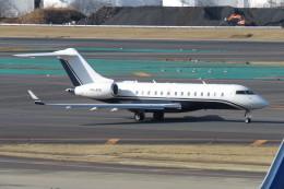 SFJ_capさんが、成田国際空港で撮影したアルバ企業所有 BD-700-1A11 Global 5000の航空フォト(飛行機 写真・画像)