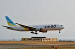 Dojalanaさんが、函館空港で撮影したAIR DO 767-381/ERの航空フォト(写真)