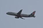 たっしーさんが、香港国際空港で撮影したジェットスター・アジア A320-232の航空フォト(写真)