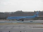 kazupen2018さんが、成田国際空港で撮影した大韓航空 A330-322の航空フォト(写真)