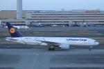 Espace77さんが、羽田空港で撮影したルフトハンザ・カーゴ 777-FBTの航空フォト(写真)