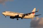 BOEING737MAX-8さんが、成田国際空港で撮影した日本航空 737-846の航空フォト(写真)