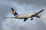kina309さんが、成田国際空港で撮影したルフトハンザ・カーゴ 777-FBTの航空フォト(写真)