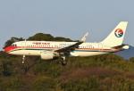 あしゅーさんが、福岡空港で撮影した中国東方航空 A319-115の航空フォト(写真)