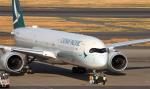 誘喜さんが、羽田空港で撮影したキャセイパシフィック航空 A350-1041の航空フォト(写真)