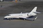 zettaishinさんが、羽田空港で撮影したMacau Jet International Falcon 2000LXの航空フォト(写真)
